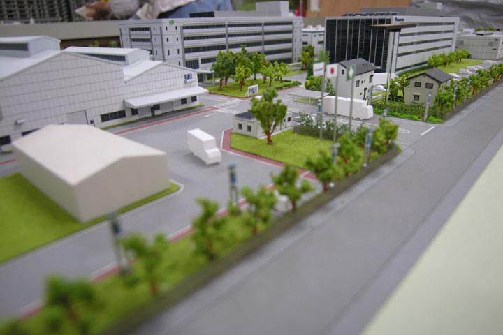 工場の全体の外観模型