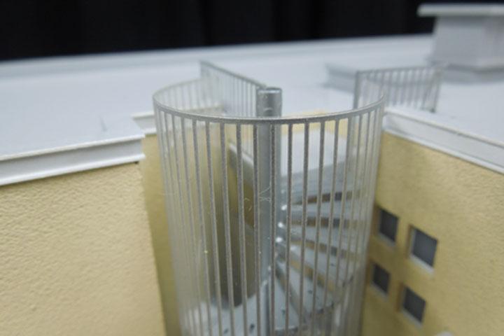 らせん階段の模型