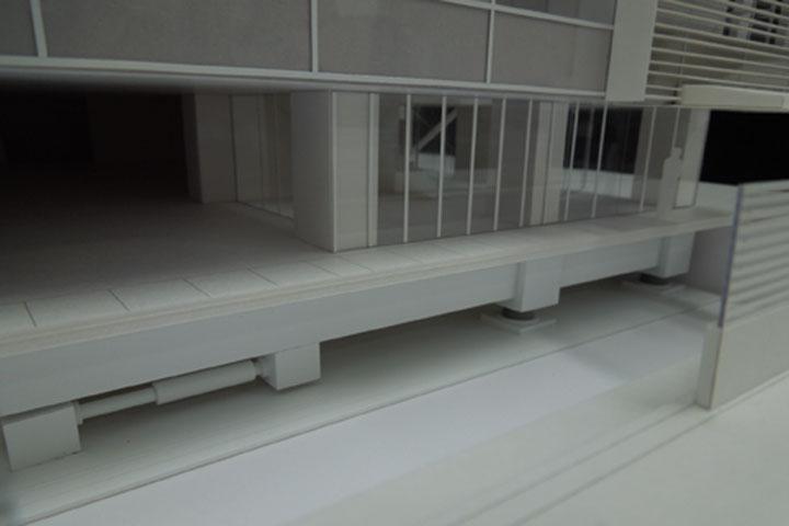 ビルのファサードの検討用スタディ模型