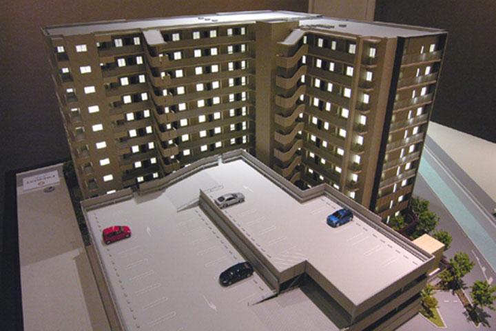 マンションの外観模型