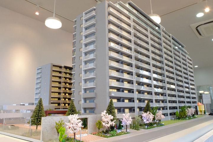 動く建築模型
