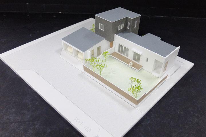 社内保存と接客用の建築模型