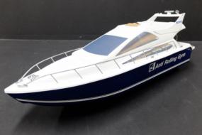ボートの模型