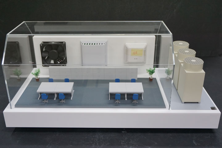 ビニールハウスやビルの一室で使用される観測機の開発実験