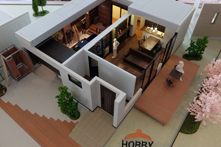住宅の内観を再現した建築模型
