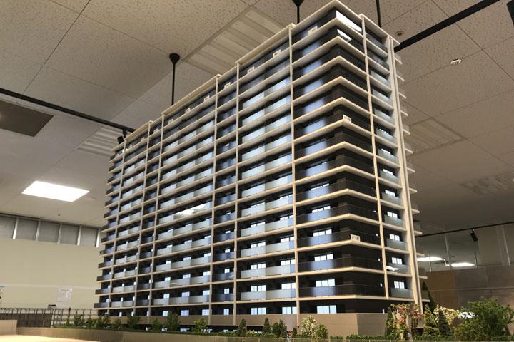 新安城駅の近くのマンションの建築模型