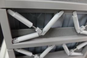 トグル制震装置の地震模型