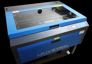 CO2レーザー加工機